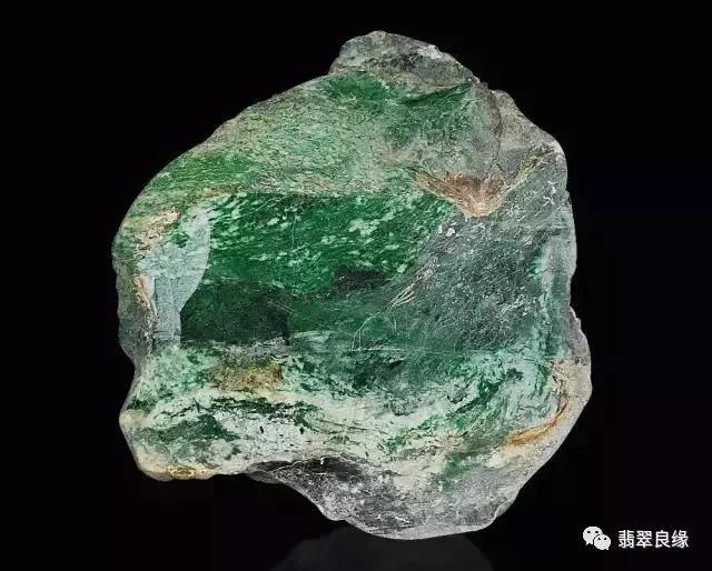 翡翠原石到底有几种 怎么分辨翡翠原石