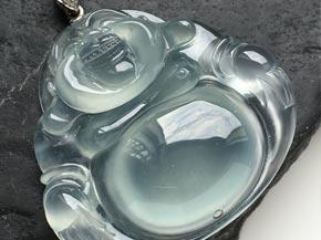 什么颜色的石榴石最好?铁铝榴石的种类介绍