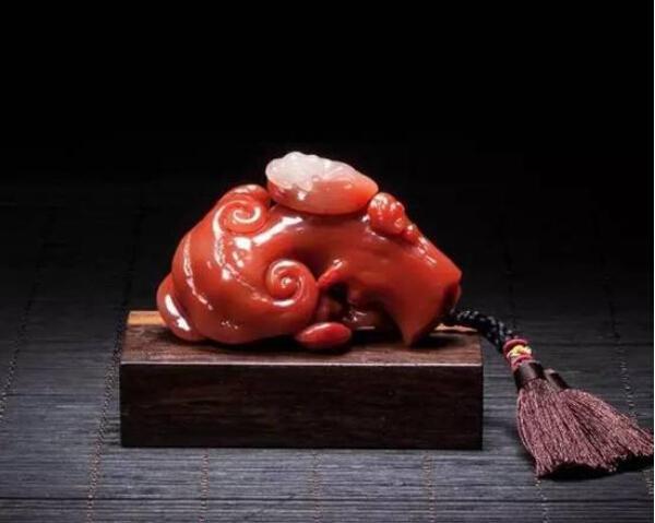 寿山石链雕是什么?链雕需要讲究哪些原则?