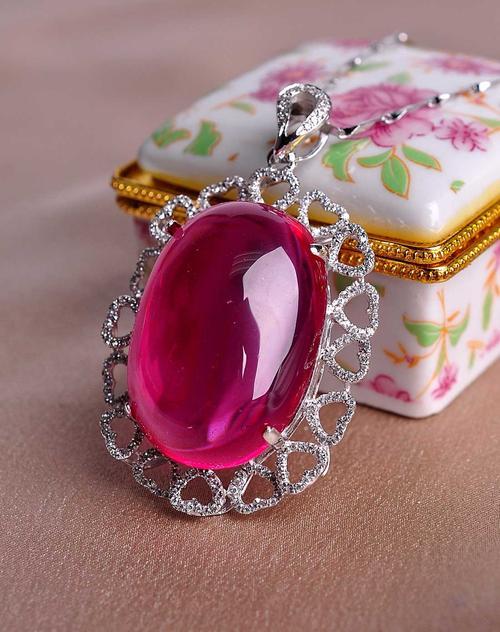 盘点世界最贵的红宝石 世界上顶级红宝石多少钱有多大